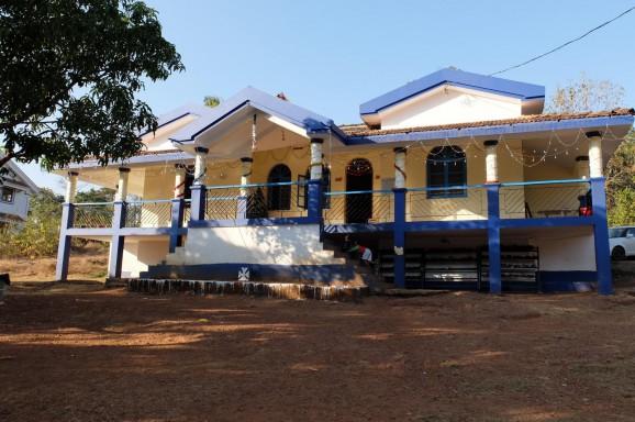 Besuch im Roshni Nilaya